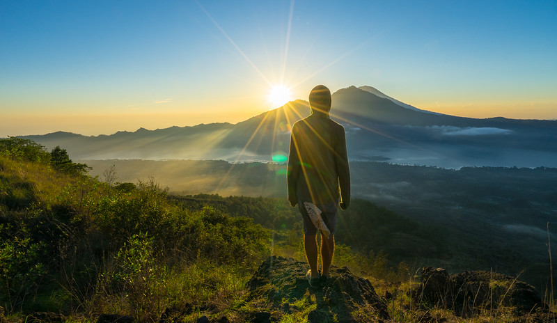 Frankieboy Photography |  Sun Flare Mount Batur | Travel Photography Exploring Indonesia