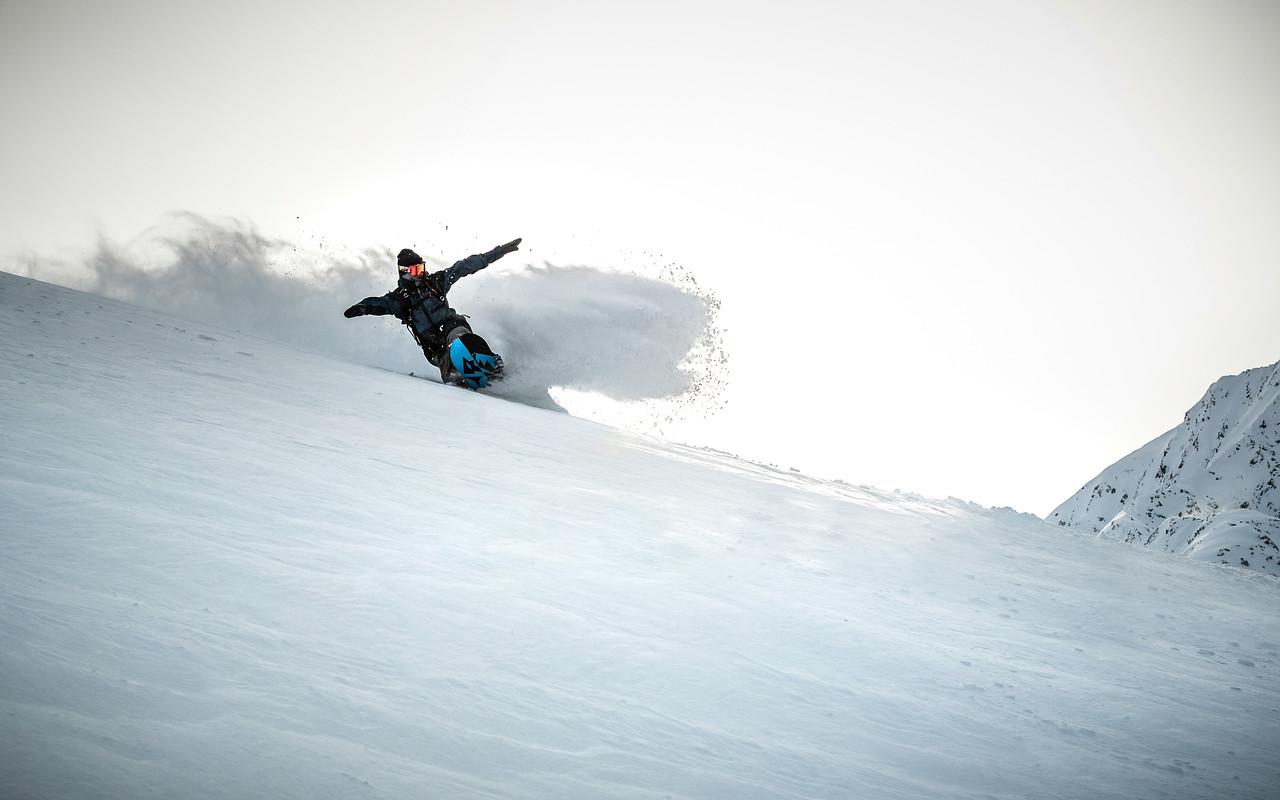 Powder turns, Kühtai, Austria 2017, Daniel Vonach, Jones Snowboards