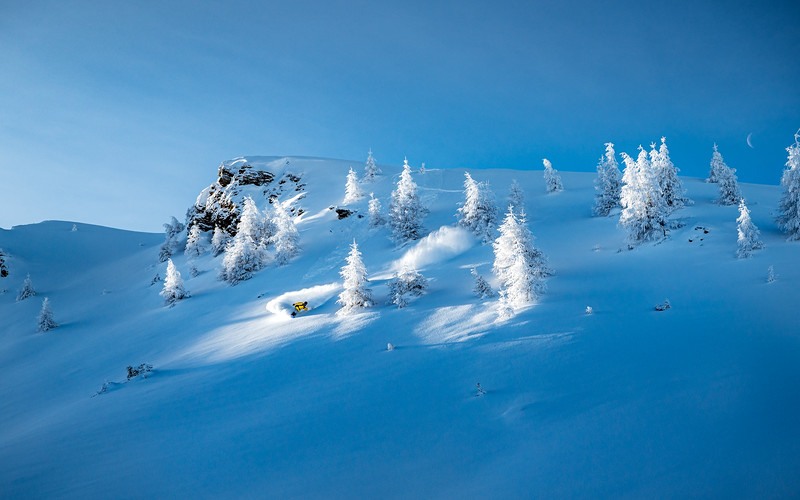 Drawing Lines into winterwonderland, Delayon Eyewear Shooting, Nico Metz, Valsertal, 2020