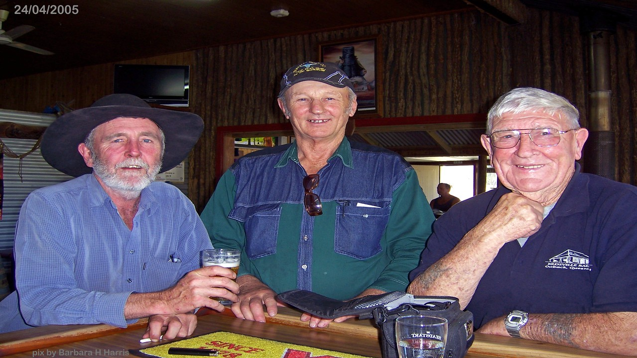 Rathdowney Hotel.  Lofty Harris has a beer with his sky dive mate Sully ( right)& his mate ) 24/04/05