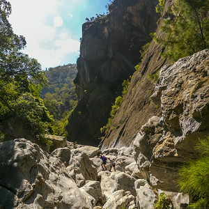 Boulder hoping specialists in Bungonia Gorge.