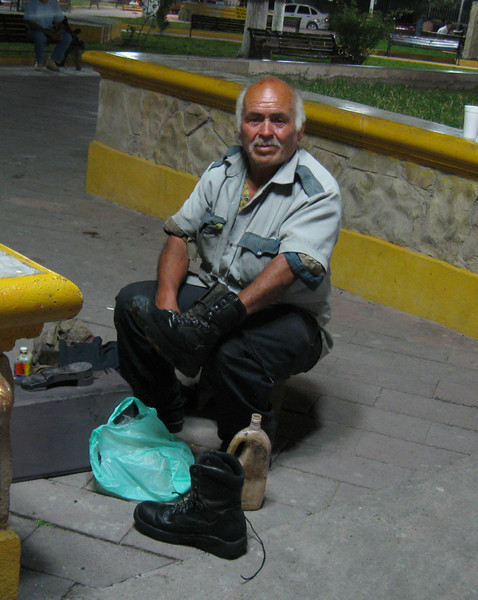 Fernando provides shoeshine service on Galeana plaza.  The cost for shining a pair of riding boots was 90 pesos (about $1 US).