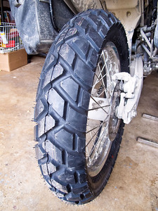Metzler Enduro 3 Sahara rear tire new.