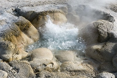 Hot spings, Yellowstone NP, Wyoming, USA