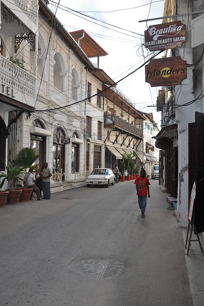 The little streets of Stonetown are narrow, covered with wires and absent of any form of sidewalk.