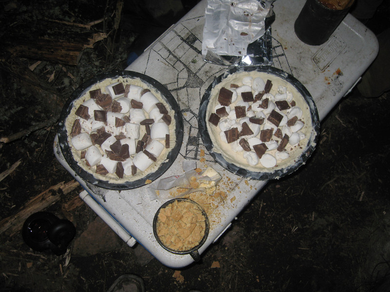 The last night we made these s'mores pies in the kurlanski - Tufsky desert cookoff.  The only reason Lee didnt have an entry was because him and Ryan were paddling back to the last portage spot to pick up Ryans bag, along with Lees as it turned out.