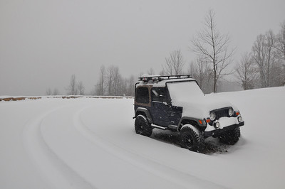My jeep at the Eaton Hollow overlook,its been snowing all day now, but were going to pick up people at the gate.