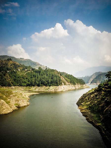 nepal-chitlan-river