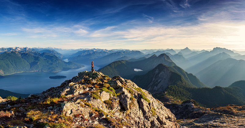 Sunrise from Golden Ears Peak