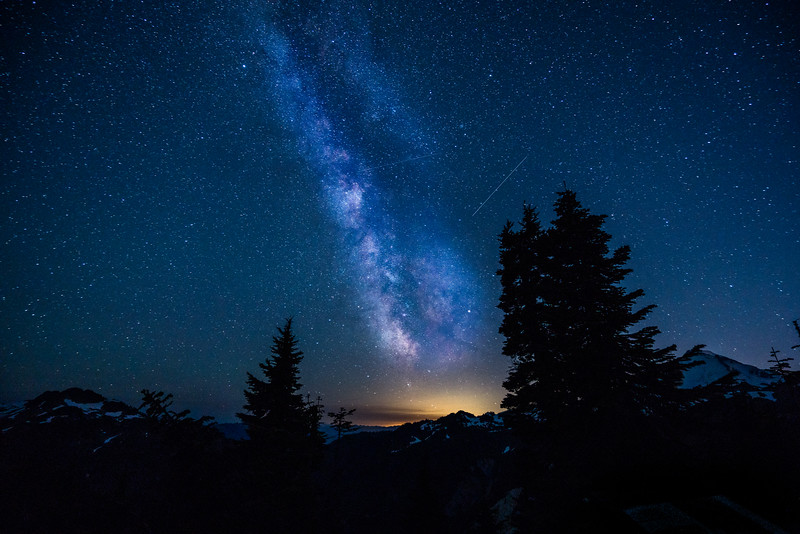 mount-baker-milky-way