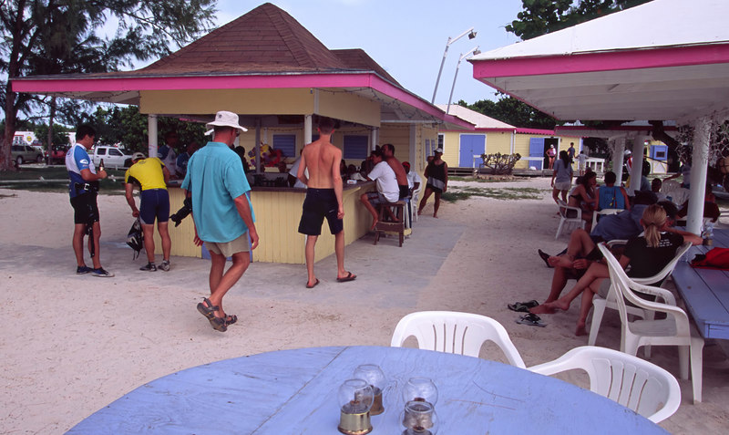 The Reef Bar is popular with yachties and locals, Anegada Reef Hotel, the Anchorage, Anegada, British Virgin Islands (BVI), West Indies, Caribbean