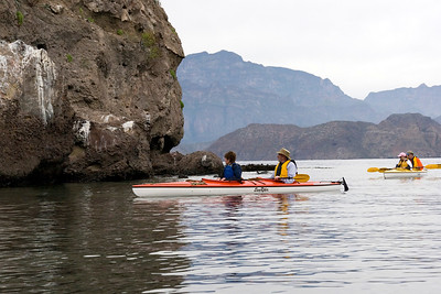 Sea kayaking in Honeymoon Cove off Isla Danzante, Sea of Cortez, Baja California Sur, Mexico.