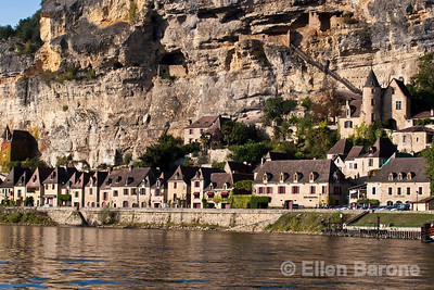 The cliffside village of la Roque Gageac, Dordogne River, France.