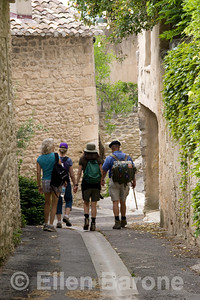 Wayfarers walkers, Menerbes, the Luberon, Provence, France, Europe