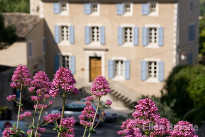 Provençal architecture, Bonnieux, the Luberon, Provence, France, Europe