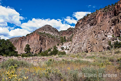 Cliff scenic, Bandelier National Monument, Jemez Mountains, New Mexico.