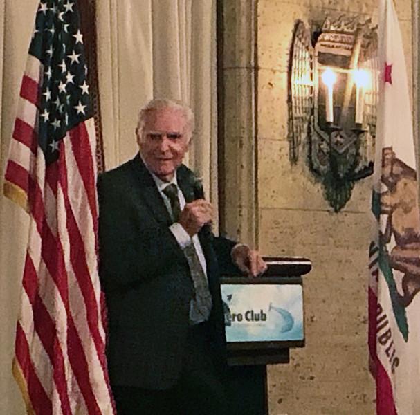 Dick Rutan, keynote speaker, Annual Howard Hughes Memorial Award Dinner of the Aero Club of Southern California, at the Jonathon Club, Los Angeles<br /> Feb. 13, 2109