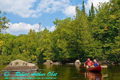 Tandem canoeing the crystalline, picturesque Wolf River near Lily (USA WI)