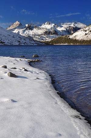 Saddlebag Lake (morning). Eastern Sierra Nevada Range, California.  Copyright © 2010