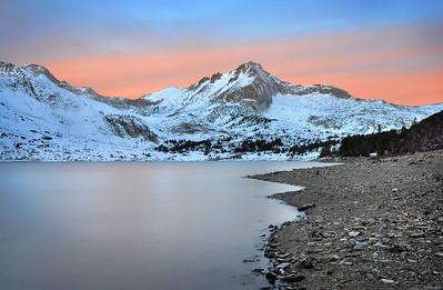 Saddle Bag Lake and North Peak (morning).  Sierra Nevada Range, California.  Copyright © 2010 All rights reserved.