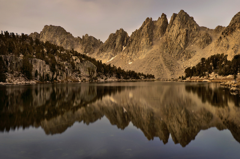 Kearsarge Lake and Pinnacles.  Sierra Nevada Range, California.  Copyright © 2010 All rights reserved.
