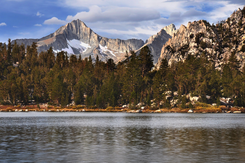 Bullfrog Lake and Mount Brewer.  Sierra Nevada Range, California.  Copyright © 2010 All rights reserved.
