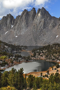 Kearsarge Lakes and Pinnacles.  Copyright © 2010 All rights reserved.