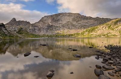 Mount Hooker and Pyramid Lake