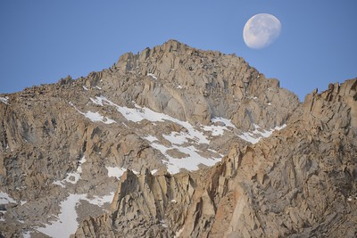 Moonset Over Mount Mallory (13,850')