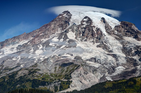 Lenticular Cloud Over Mount Rainier