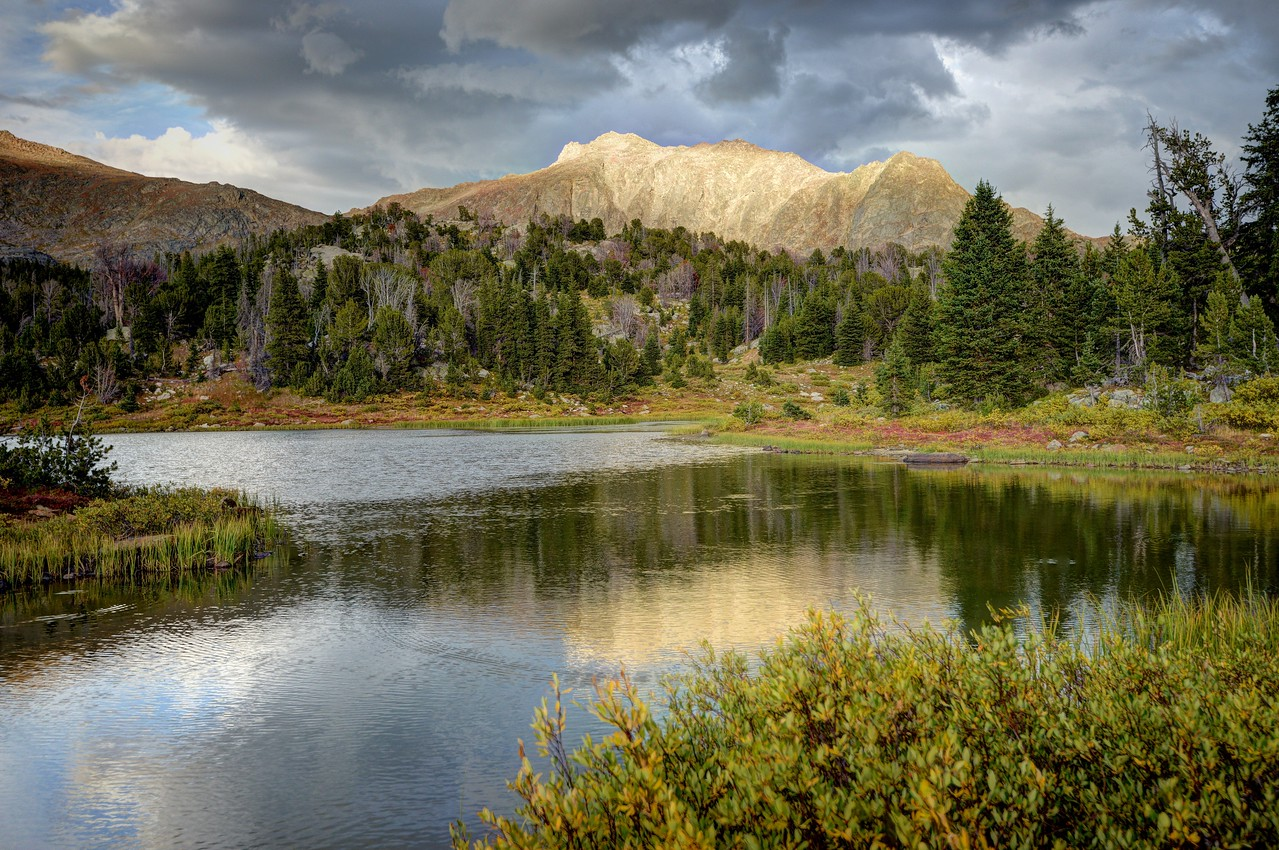 Mount Washakie and Skull Lake