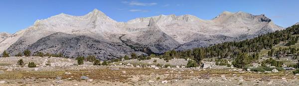 Mount Ruskin (l) and Vennacher Needle (r)