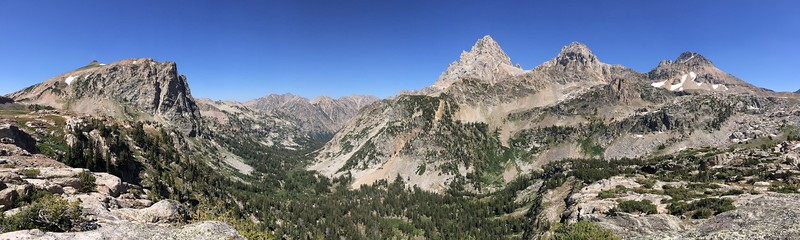 Panorama of Beautiful Upper Cascade Canyon