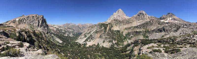 Panorama of Beautiful Upper Cascade Canyon