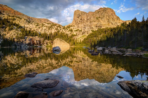 Morning Reflections in Cliff Lake