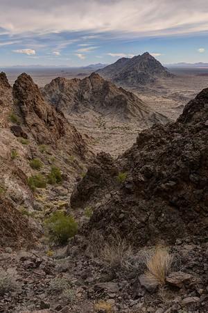 Mohawk Mountains Near Yuma, Arizona. Copyright © 2017 All rights reserved.