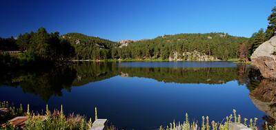 Small lake near Mt Rushmore-IMG_7869_70_71_tonemapped