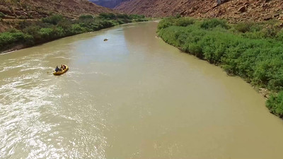 3-Adrift Adventures on the Colorado River_03