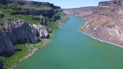 5-view from the Snake River around to Shoshone Falls.