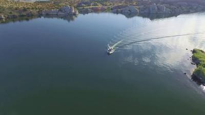 9-Boaters on Alcova Lake