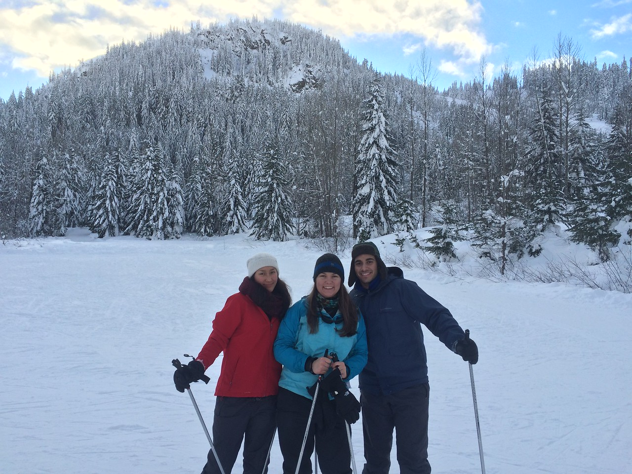 OWLs cross-country skiing at Snoqualmie