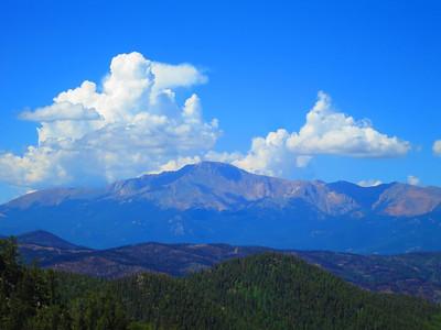 Telephoto: yep - Pikes Peak.