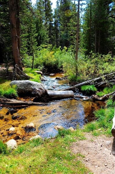 Hiking Cottonwood Lakes 010