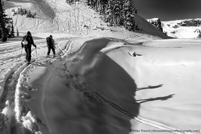 Shadow skiers