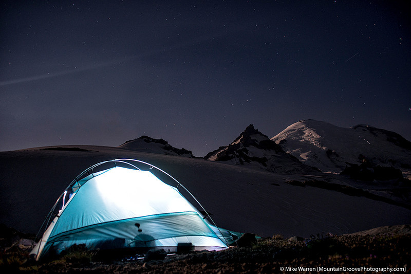 1am.  Note the lights on the Emmons Gl of climbers on Rainier