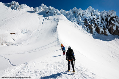 Ascending to the Pearly Gates, the chosen ascent route instead of the Mazama Chute to the left of this image.