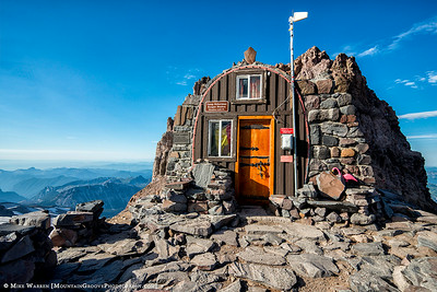 The Ranger Hut at Camp Schurman.