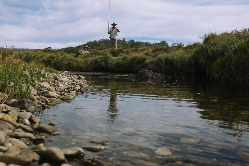 Tenkara action, Gungarlin River (Photo by Tom Roderick)
