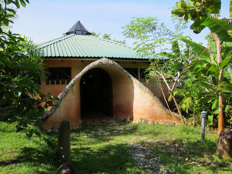Espíritu Salvaje (Wild Spirit) - the yoga studio at La Cusinga.