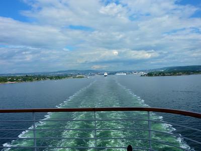 Cruise 2010-07-10 at 07-12-46
